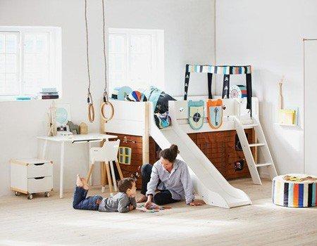 flexa halbhohes bett mit rutsche Stimmungsbild Kinderzimmer