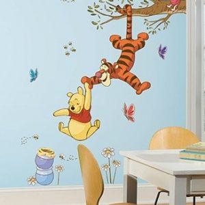Roommates Wandsticker DISNEY Winnie Puuh schnappt den Honig