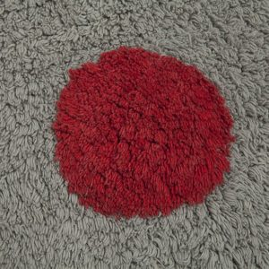 Lorena Canals Kinderteppich Polka Dots Grau Rot 1