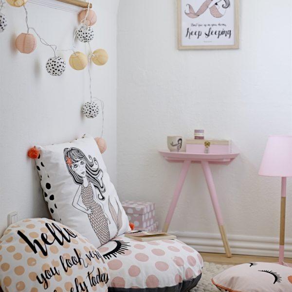 tolle lichterkette kinderzimmer schweiz zeitgen ssisch die kinderzimmer design ideen. Black Bedroom Furniture Sets. Home Design Ideas