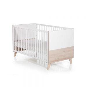 Mette Babyzimmer Bett