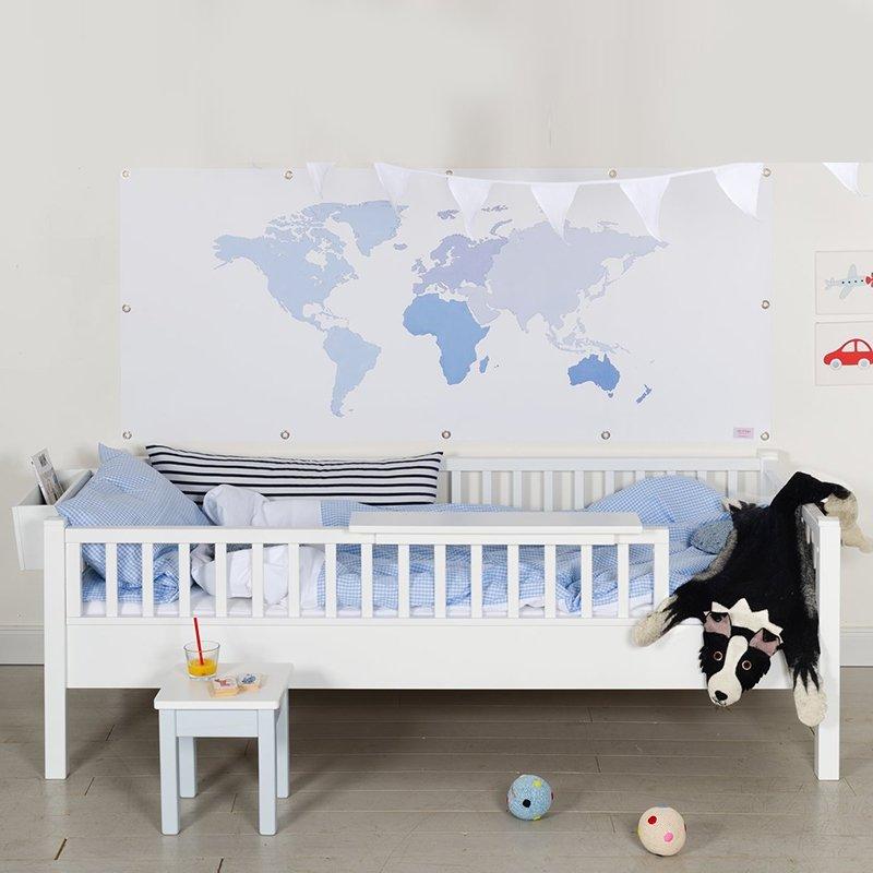 das edle couchbett mit rausfallschutz von isle of dogs. Black Bedroom Furniture Sets. Home Design Ideas