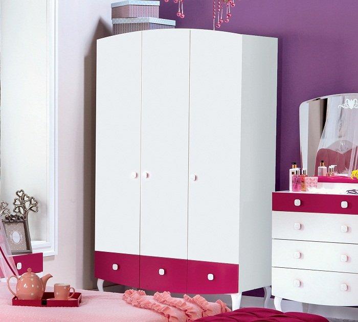 cilek yakut kleiderschrank 3 t rig wundersch ner schrank. Black Bedroom Furniture Sets. Home Design Ideas