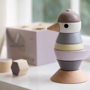 Stapel-Vogel aus Holz