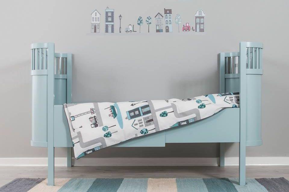 sichere und gesunde babybetten f r den umzug ins kinderbett. Black Bedroom Furniture Sets. Home Design Ideas
