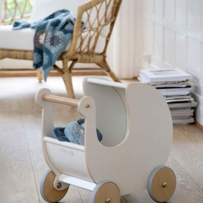 Puppenkinderwagen weiss