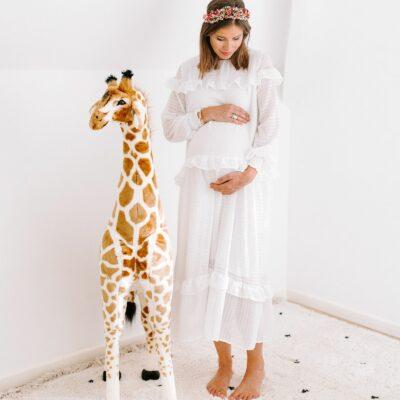 Stehende Giraffe